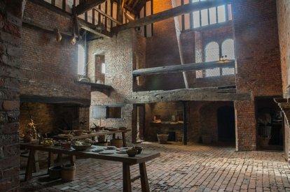 medieval-kitchen