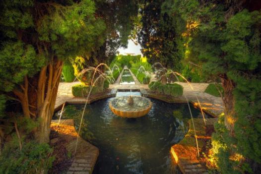 spain_granada_tour_alhambra_garden_-12