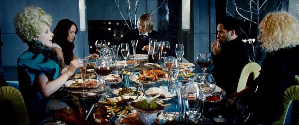 jvc-dla-x35_hungergames_dinner_large